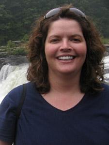 Kim Carr : Receptionist